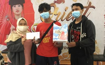 Aksi Ekstrakurikuler Seni Lukis Power Art SMAMsatu Dalam Acara Lantern Festival